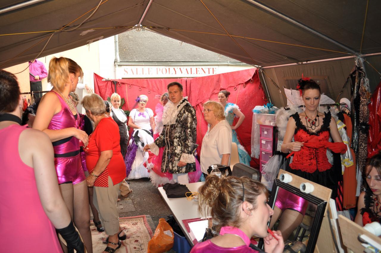 Maquillages et costumes en loge