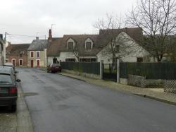 La rue principale du village de PAUDY